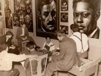 Siqueiros con sus alumnos en su taller de Nueva York. Entre ellos, Pollock
