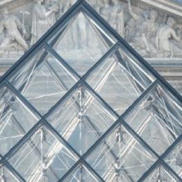 Sábado noche en el Louvre
