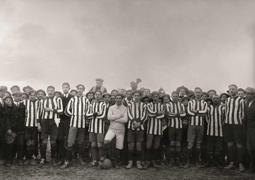 Rodolfo Albasini. Equipo del Sport Club de Huesca. Campo de fútbol de la Estación, Huesca, 1911