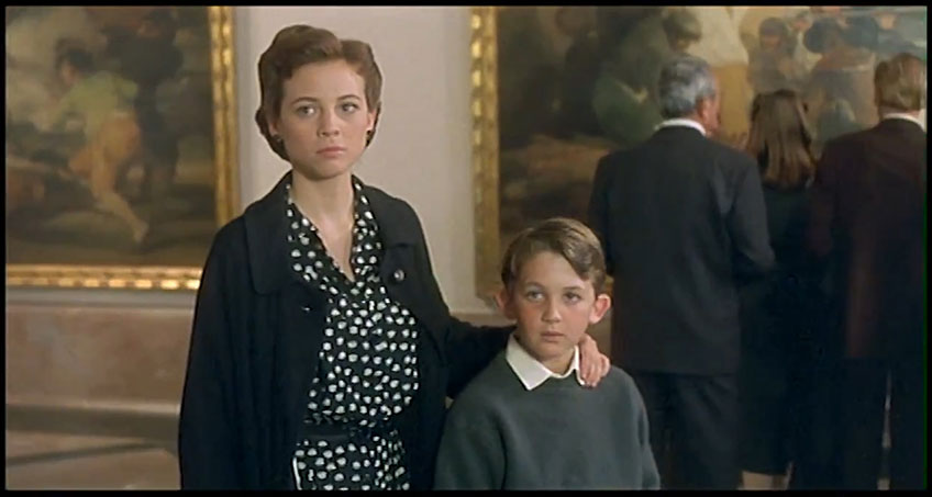 """""""La hora de los valientes"""" de Antonio Mercero, 1998. Producida por Enrique Cerezo PC. Imágenes cedidas por Video Mercury Films."""