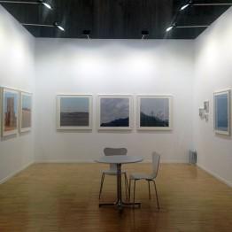 Stand de Espacio Marzana con obras de Ruth Gómez