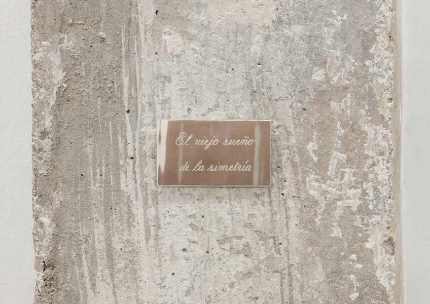 Mercedes Azpilicueta. El viejo sueño de la simetría, 2019