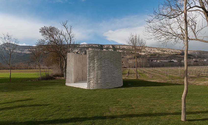 Asier Mendizabal. Crudo Zarzo, obra ganadora de la Segunda Bienal de la Fundación Otazu