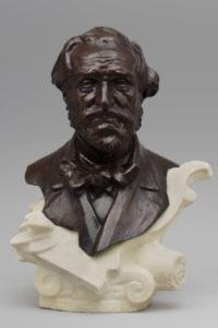 Raffaello Romanell, Busto de Giuseppe Verdi Bronce sobre mármol, c. 1890 © Victoria and Albert Museum, Londres