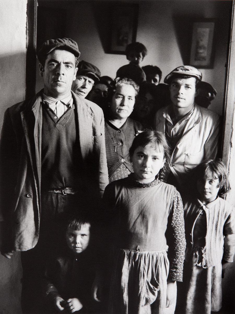 Francisco Ontañón. Andalucía (Familia andaluza), 1960. Colección Familia Ontañón. © Heredera de Francisco Ontañón