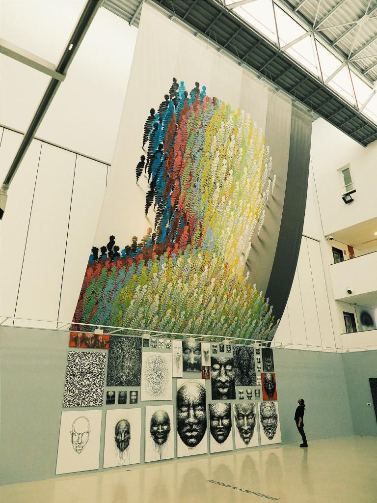 Suso33. Tiempo de Exposición (2014). El gran mural de colores de ausencias. Foto: Luis Marino