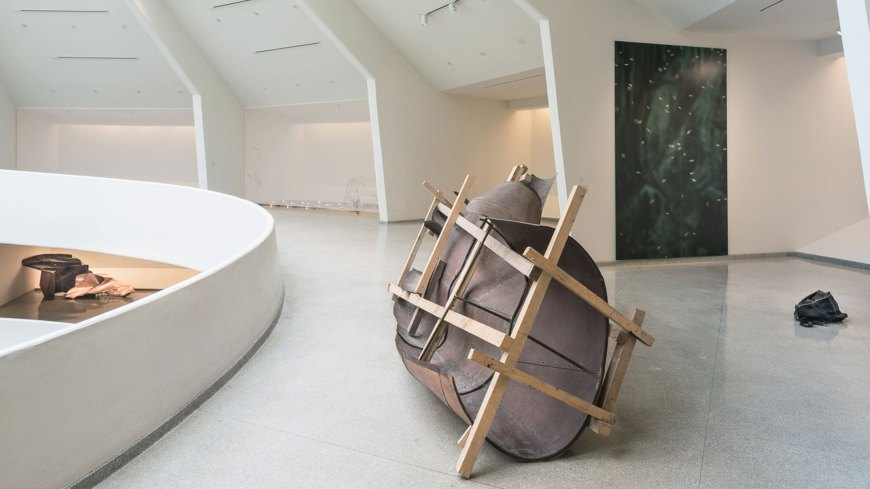 """Dahn Vo. Take my brath away"" en el Solomon R. Guggenheim Museum"