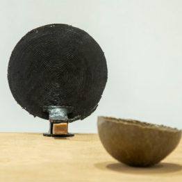 Una dimensión ulterior: las pequeñas grandes historias de la escultura reciente