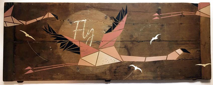 Nuriatoll. Fly. Pintura plástica sobre tabla, 43 x 135 x 10 cm.