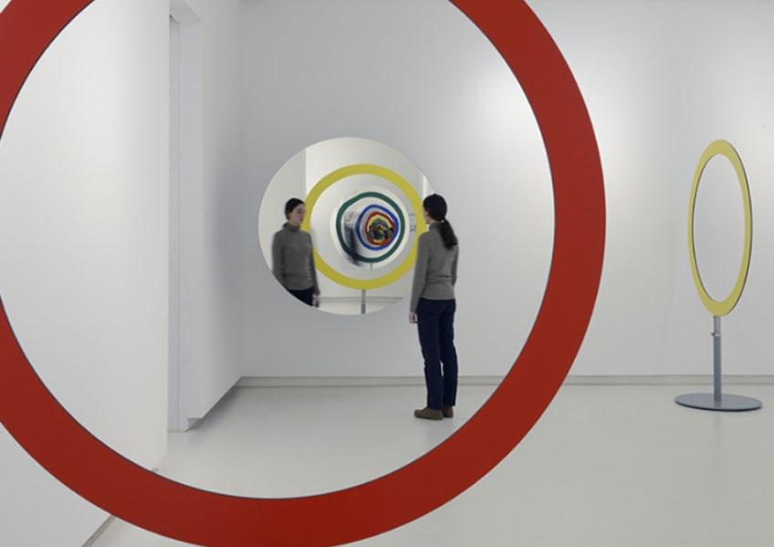 """Olafur Eliasson. """"Una mirada a lo que vendrá"""" en la Galería Elvira González"""