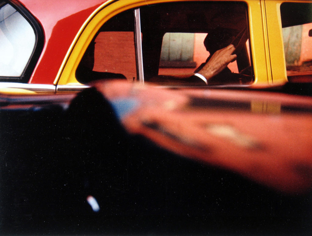 Saul Leiter. Taxi, 1957 © Saul Leiter Foundation, Cortesía de la Gallery FIFTY ONE