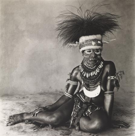 Irving Penn. Sitting Enga Woman, New Guinea, 1970. Smithsonian American Art Museum. © The Irving Penn Foundation