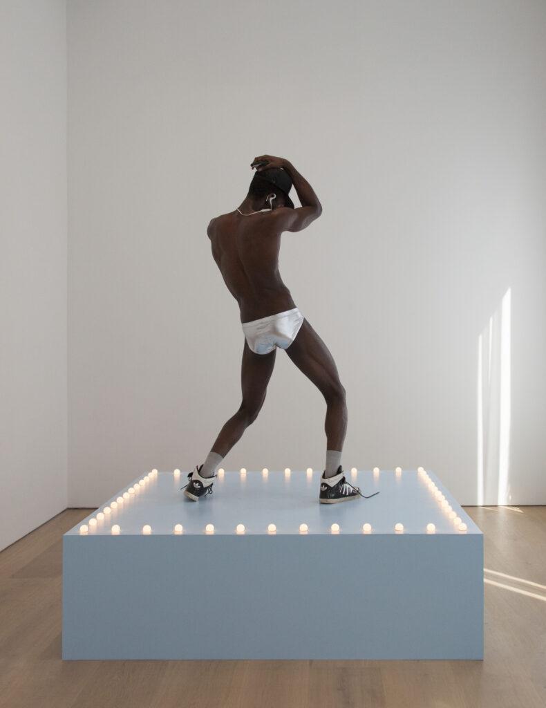"F´elix González-Torres. ""Untitled"" (Go-Go Dancing Platform), 1991"