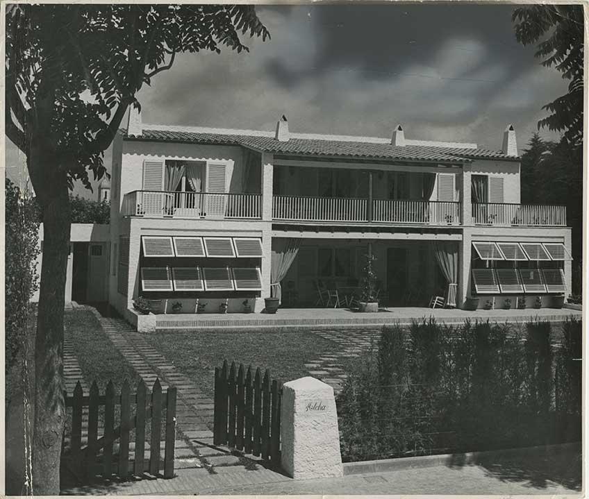 José Antonio Coderch y Manuel Valls, Casa Garriga Nogués, Sitges, 1946. Fachada principal.
