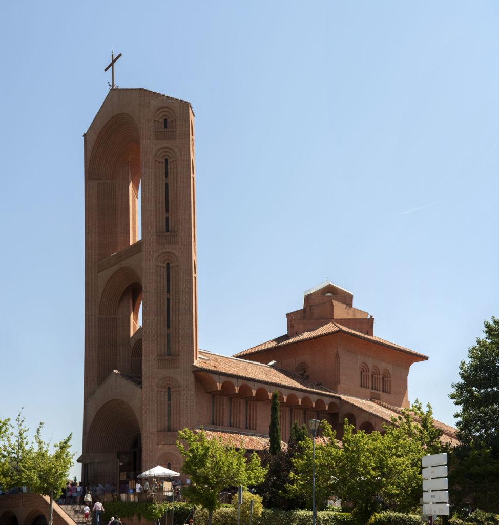 Fernando Higueras. Iglesia Sta María de Cana, Pozuelo 1995-99