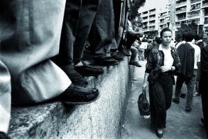 Nadia Benchallal Demonstration for the dissappearance of the singer Matoub Loune, Tizi Ozou, Algeria, 1994 Cortesíade la artista