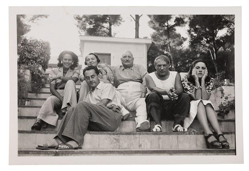 Man Ray. Ady, Man Ray, los Cuttoli, Picasso y Dora Maar en Mougins, 1937 © Man Ray Trust, VEGAP, Madrid, 2019