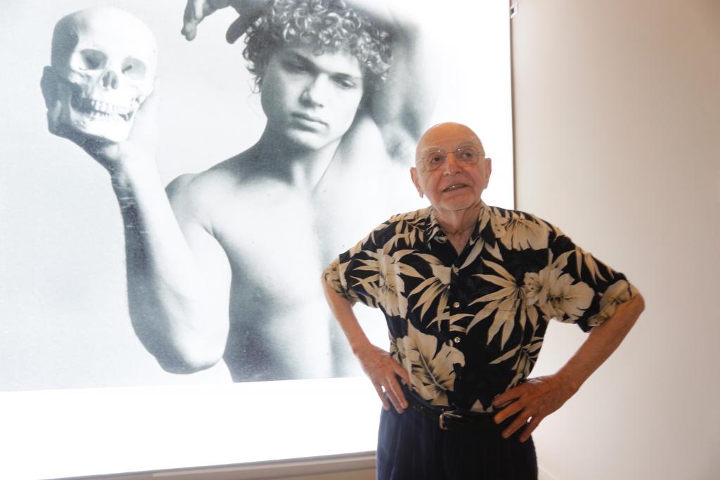 Duane Michals presenta su exposición en la sede de la Fundación MAPFRE en Barcelona