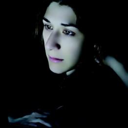 "PAULA ANTA . Esther. De la serie ""Lectoras"", 2010"