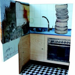 MARÍA REYES FERNÁNDEZ GARCÍA. La cocina. Fragmento de escenografía, 2013