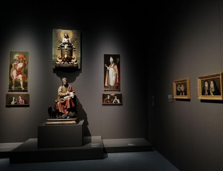 """Vista de la exposición """"Montañés. Maestro de maestros"""" en el Museo de Bellas Artes de Sevilla"""