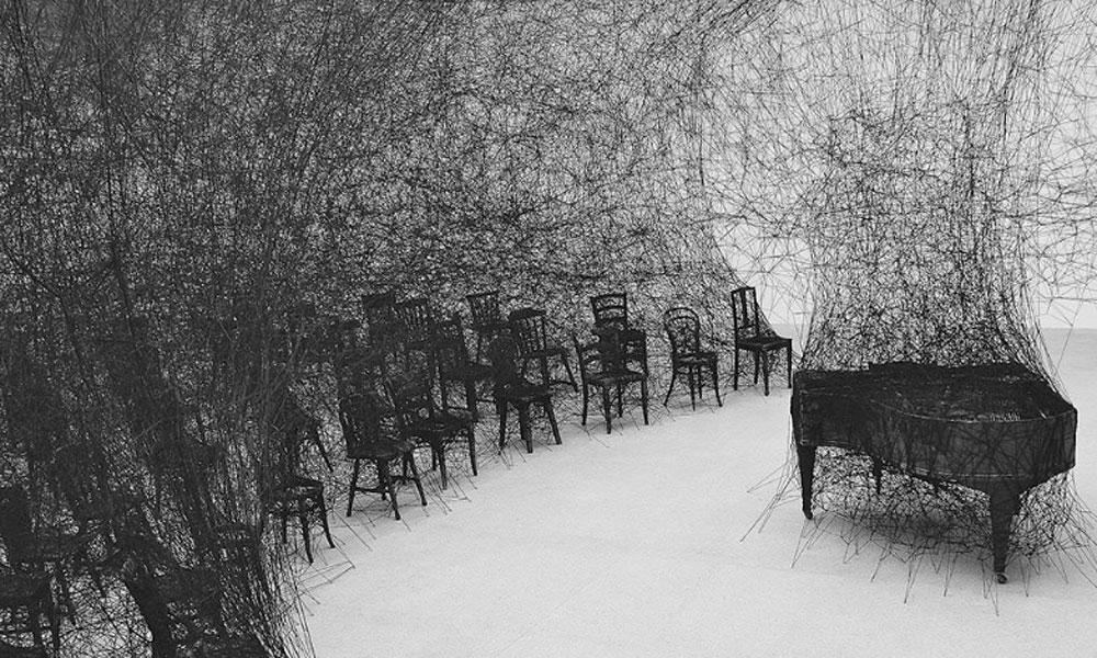 Chiharu Shiota. In silence, 2008. Fotografía: Sunhi Mang