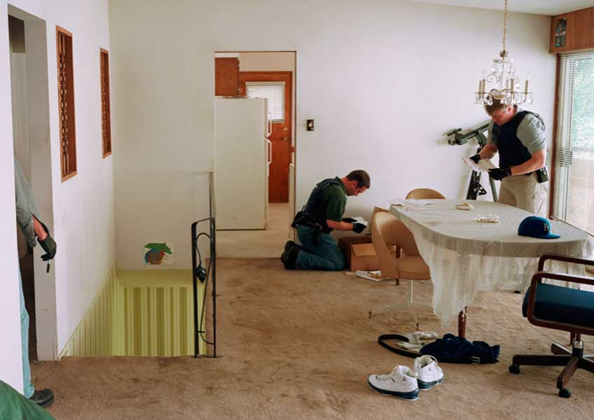 Jeff Wall, Search of premises, 2009