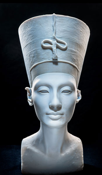 Nelles Al-Badri GbR, The other Nefertiti, 2016