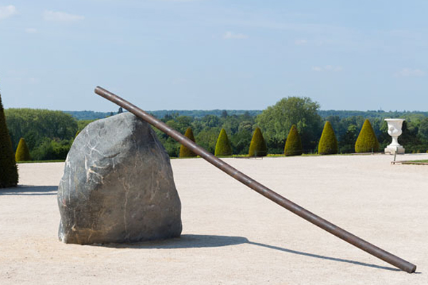 Lee Ufan. Relatum. Le bâton du Géant