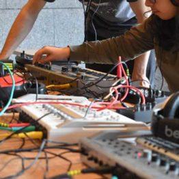 Música expandida. Talleres para jóvenes de 12 a 18 años en ARTIUM