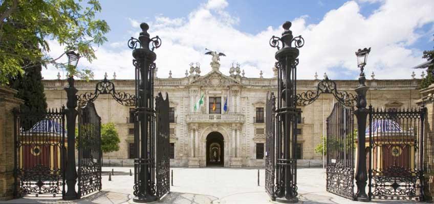 15 Ayudantes de archivos, bibliotecas y museos (bibliotecas) en la Universidad de Sevilla