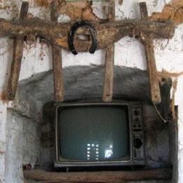 Oficina de arqueología imaginaria en La Casa Encendida