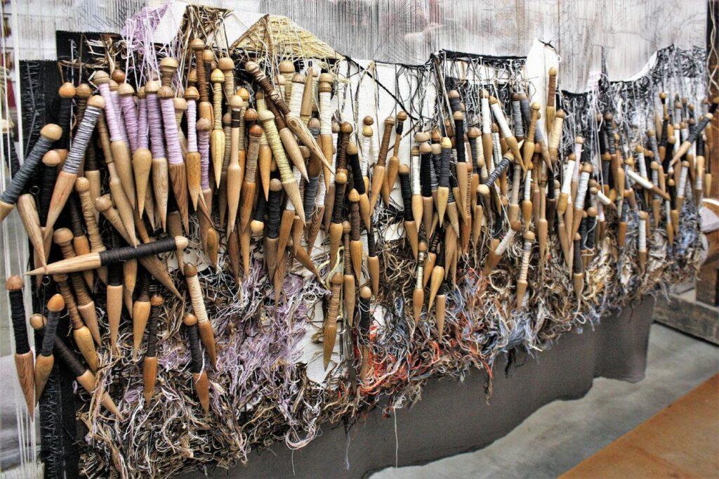 Trama y urdimbre: Jornadas sobre el tapiz como medio transhistórico. Usos políticos y artísticos. MUSAC