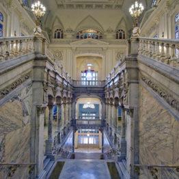 Luz y color en la arquitectura madrileña. Vidrieras de los siglos XIX y XX. Real Academia de San Fernando