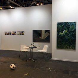 Estand de la galería Silvestre. Obras de Martinho Costa, Gloria Martín Montaño y Almudena Fernández Ortega