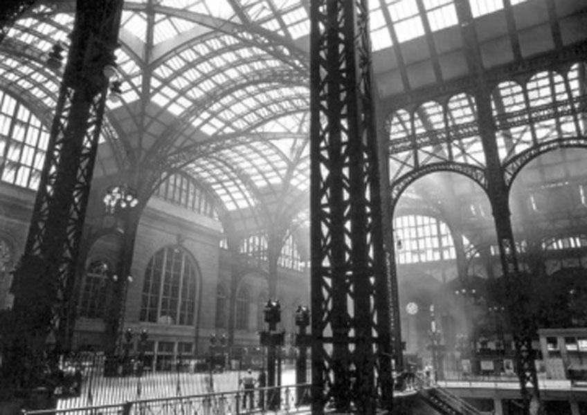 Berenice Abbott. La estación Pensilvania, 1935