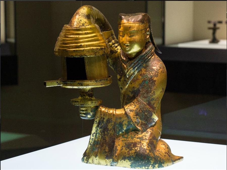 Lámpara, dinasta Han. Museo Provincial de Hebei