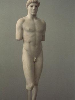 Efebo de Kritios, 480 a.C. Museo de la Acrópolis de Atenas