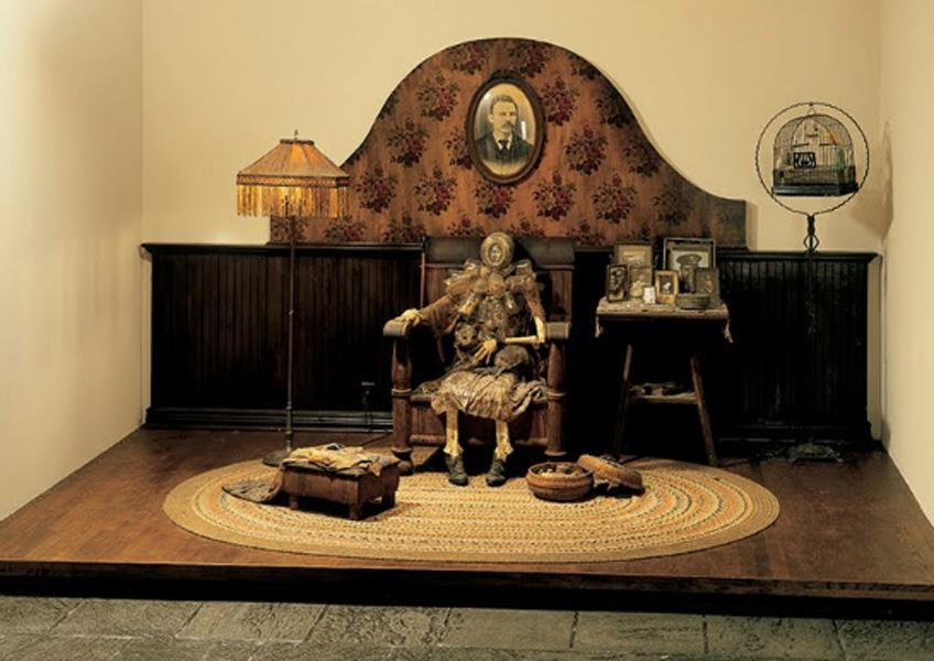 Edward Kienholz. La espera, 1964-1965. Whitney Museum of American Art