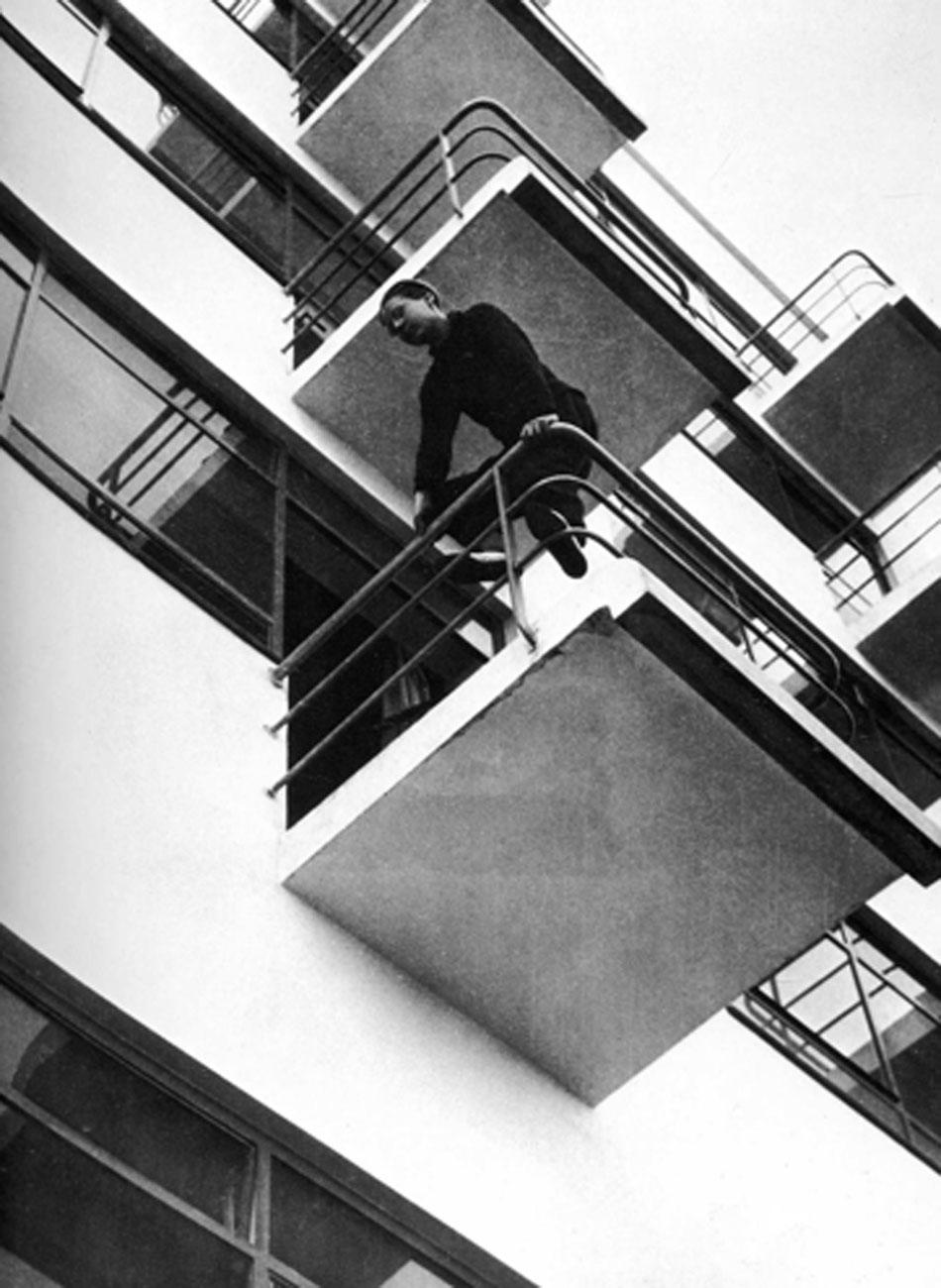 Laszlo Moholy-Nagy. Balcones de la Bauhaus, 1925. Museum Ludwig, Colonia