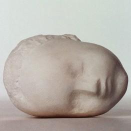 Brancusi. Cabeza de niño dormido