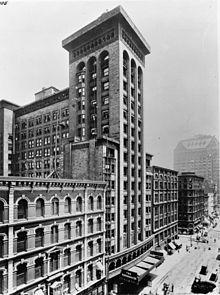 Louis Sullivan. Schiller Building, 1891-1892