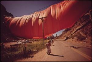Christo. Valley Curtain