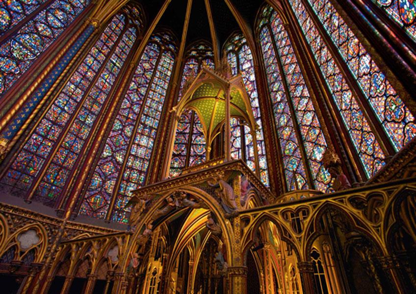 Interior de Sainte-Chapelle, París