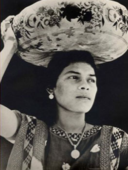 Tina Modotti. Mujer de Tehuantepec, hacia 1929. The George Eastman House Collection