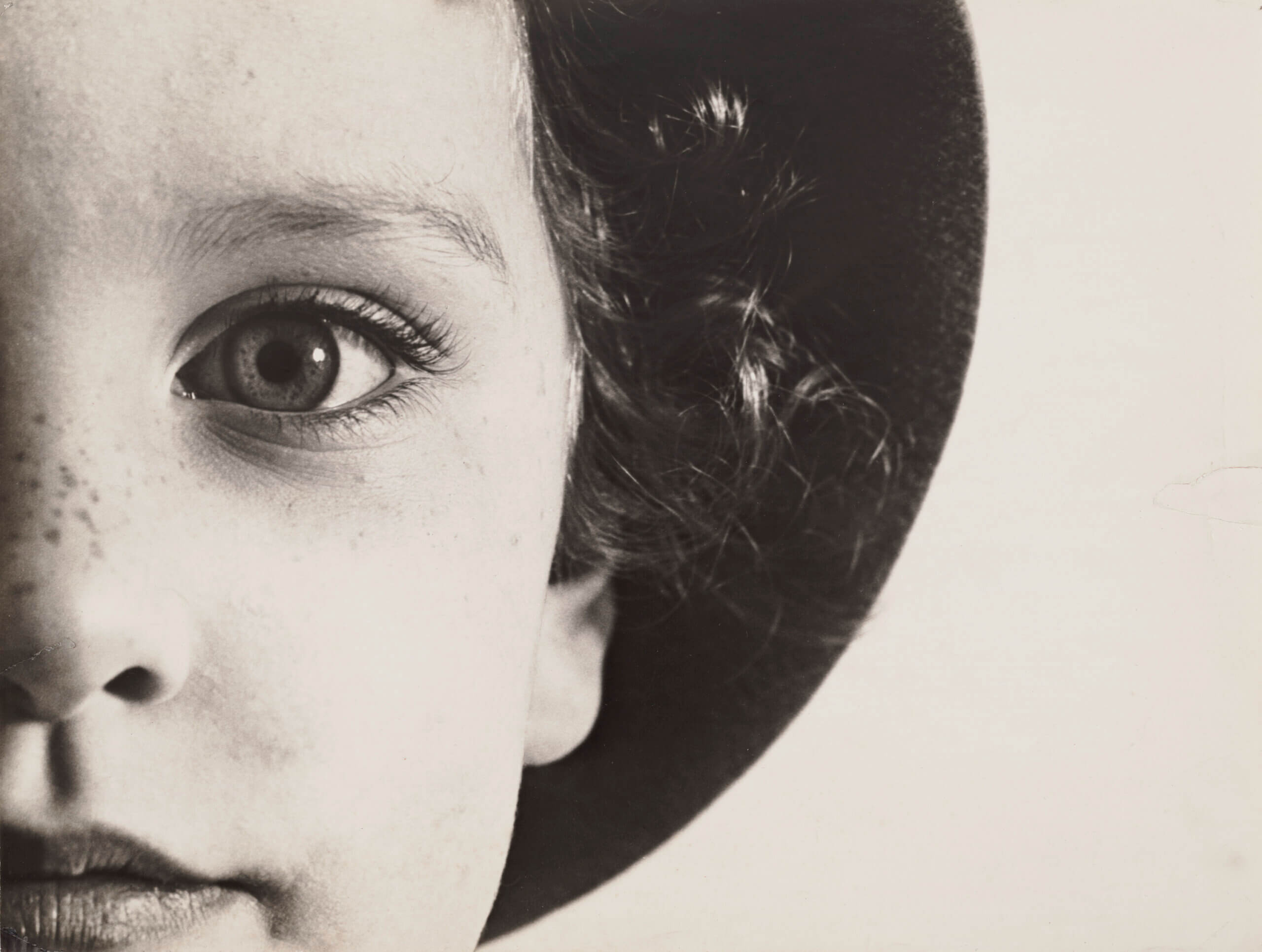 Max Burchartz. Lotte (Eye), 1928. The Museum of Modern Art, New York Thomas Walther Collection