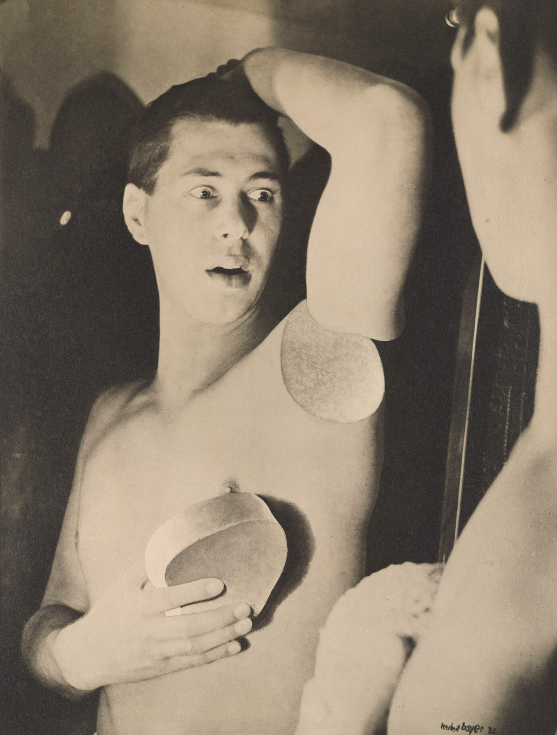 Herbert Bayer. Humainement impossible (autoportrait), 1932. The Museum of Modern Art, New York. Collection Thomas Walther